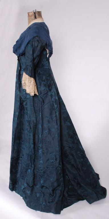 (19th/20th c) SILK DRESS w/ FLORAL DAMASK BROCADE - 5