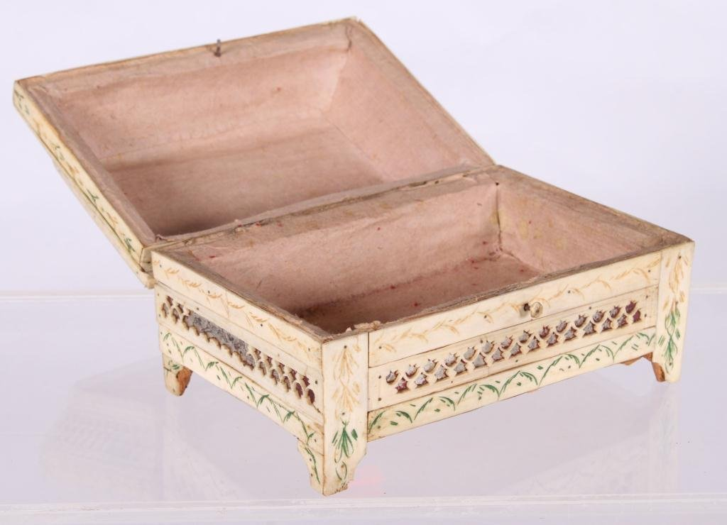 (19th c) ANGLO INDIAN SEWING BOX - 5
