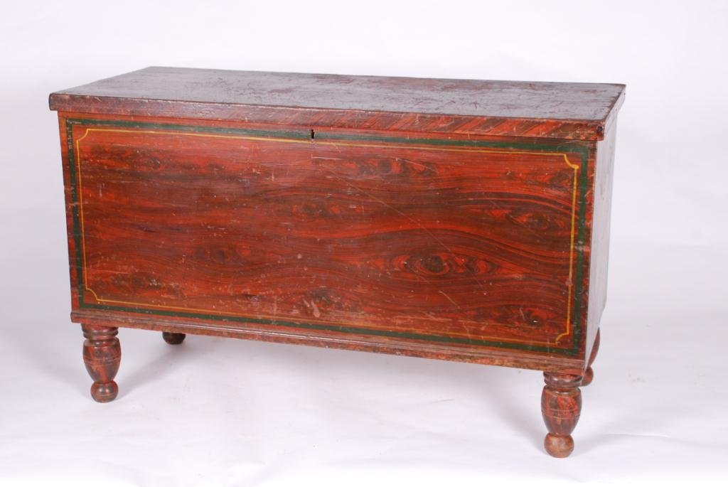 GRAIN PAINTED (6) BOARD CHEST ON TURNED FEET