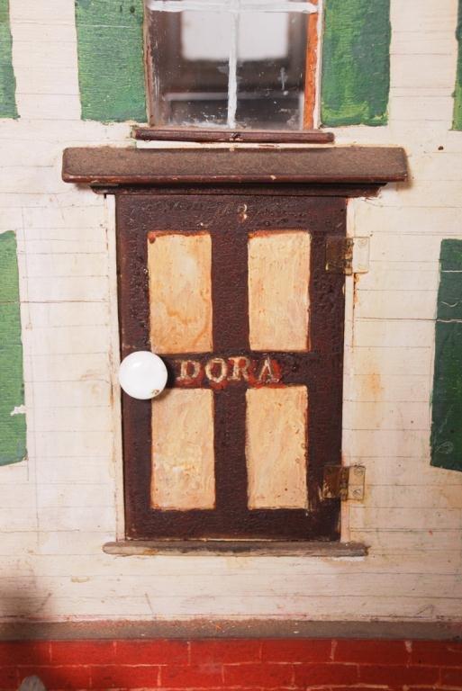 DOROTHY WHITNEY'S DOLLHOUSE LOADED w FURNISHINGS - 8