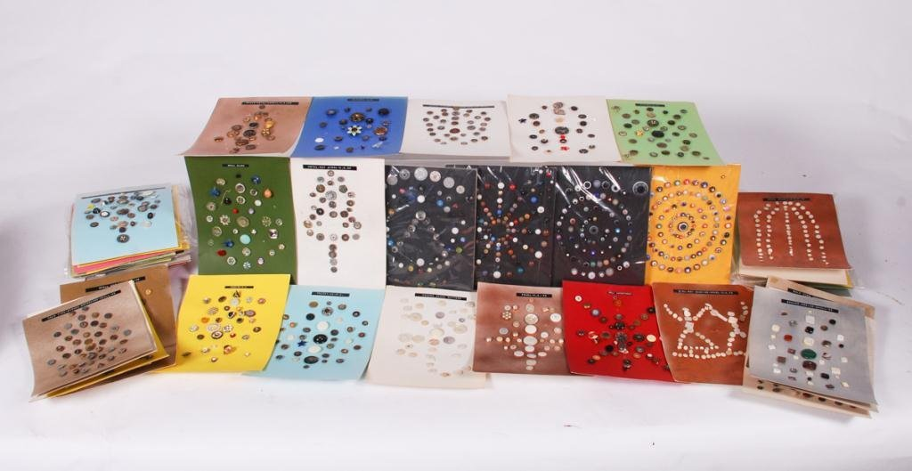 EXTENSIVE COLLECTION OF BUTTONS