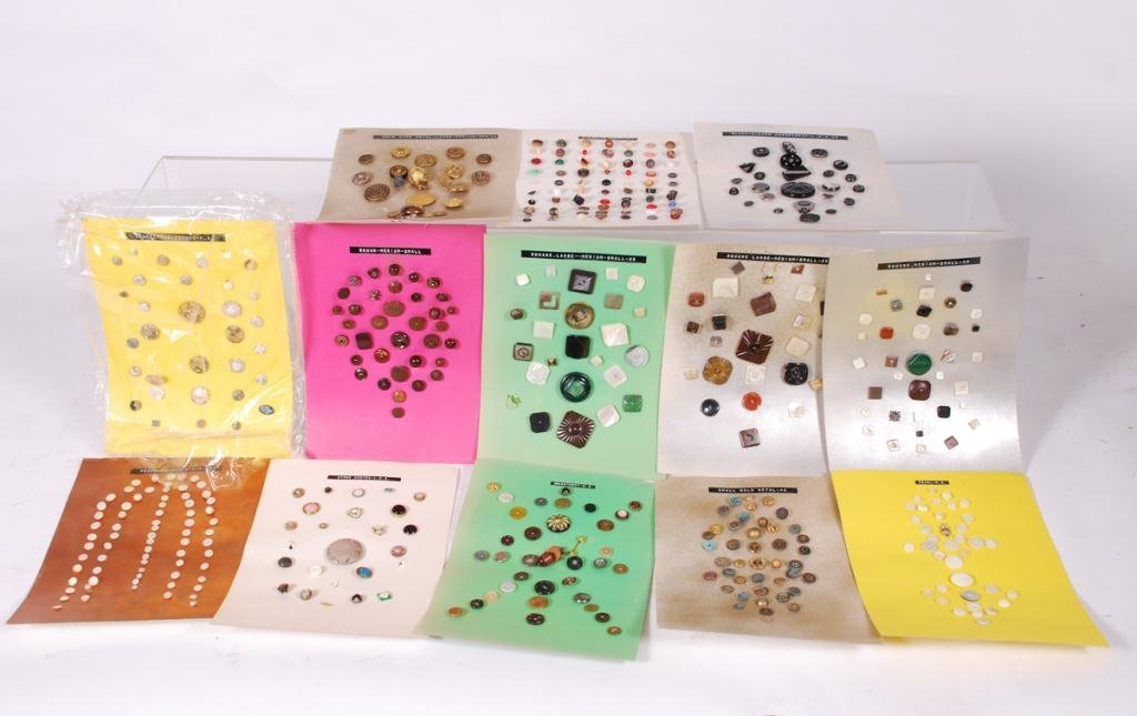 EXTENSIVE COLLECTION OF BUTTONS - 3