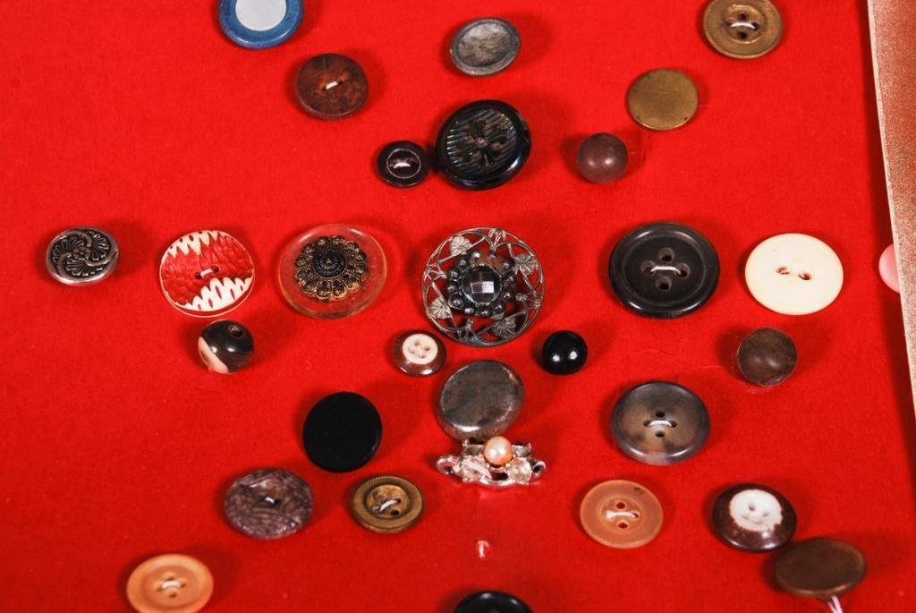EXTENSIVE COLLECTION OF BUTTONS - 4