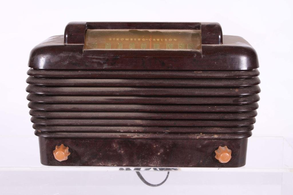 (2) ART DECO BAKELITE RADIOS - 5