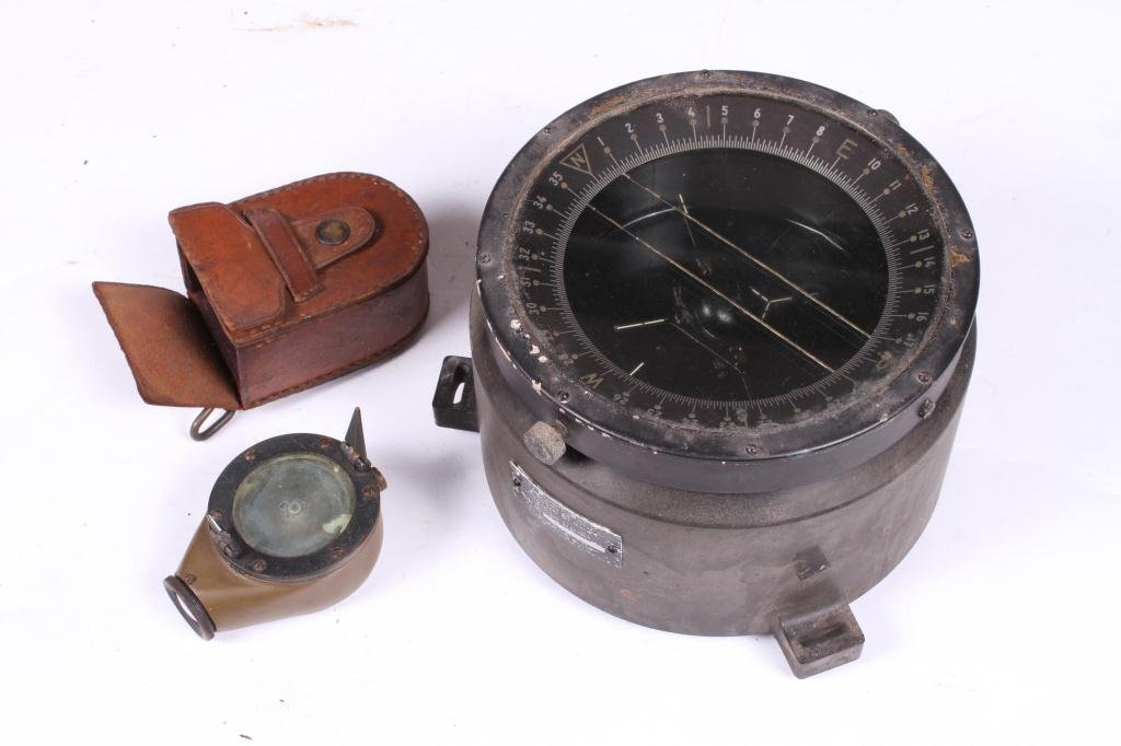 US ARMY TYPE D-12 WET COMPASS & MARCHING COMPASS