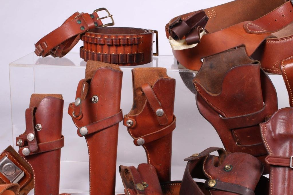 WESTERN LEATHER BELTS AND HOLSTERS ETC - 7
