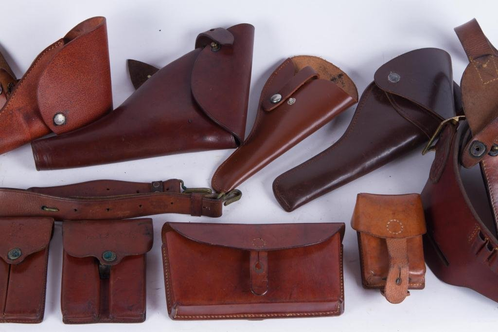 (4) US LEATHER HOLSTERS, CARTRIDGE etc. - 5