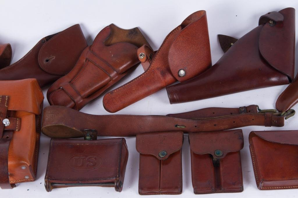 (4) US LEATHER HOLSTERS, CARTRIDGE etc. - 6