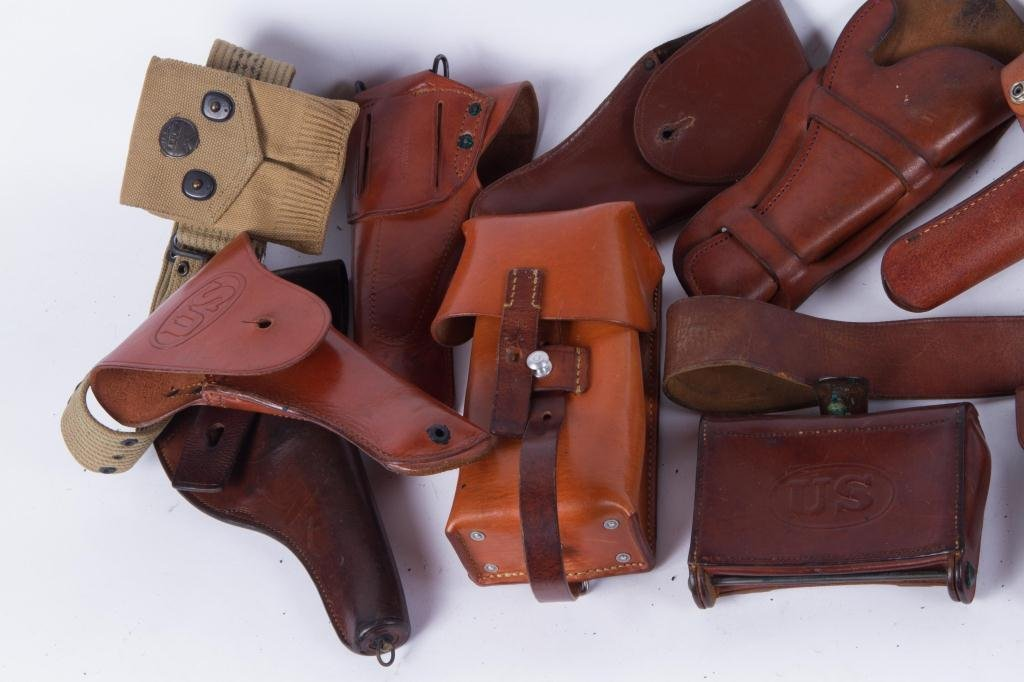 (4) US LEATHER HOLSTERS, CARTRIDGE etc. - 7
