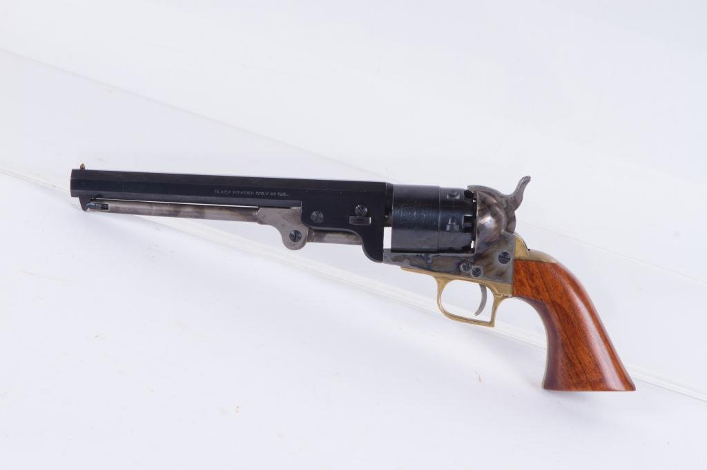 TRADITIONS MFG CO. 1851 COLT NAVY REVOLVER - 4