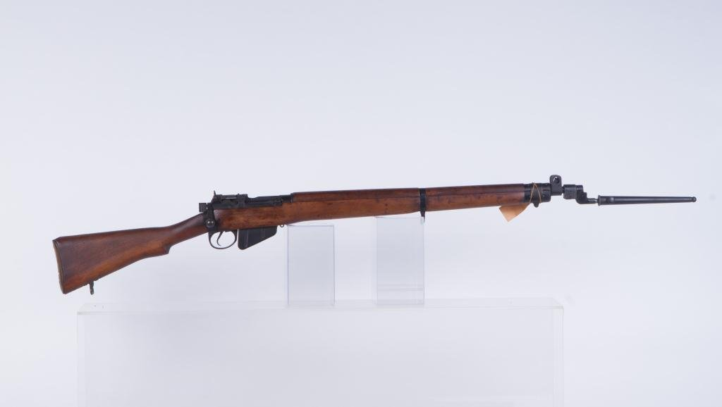 LEE-ENFIELD BOLT ACTION RIFLE NO. 4