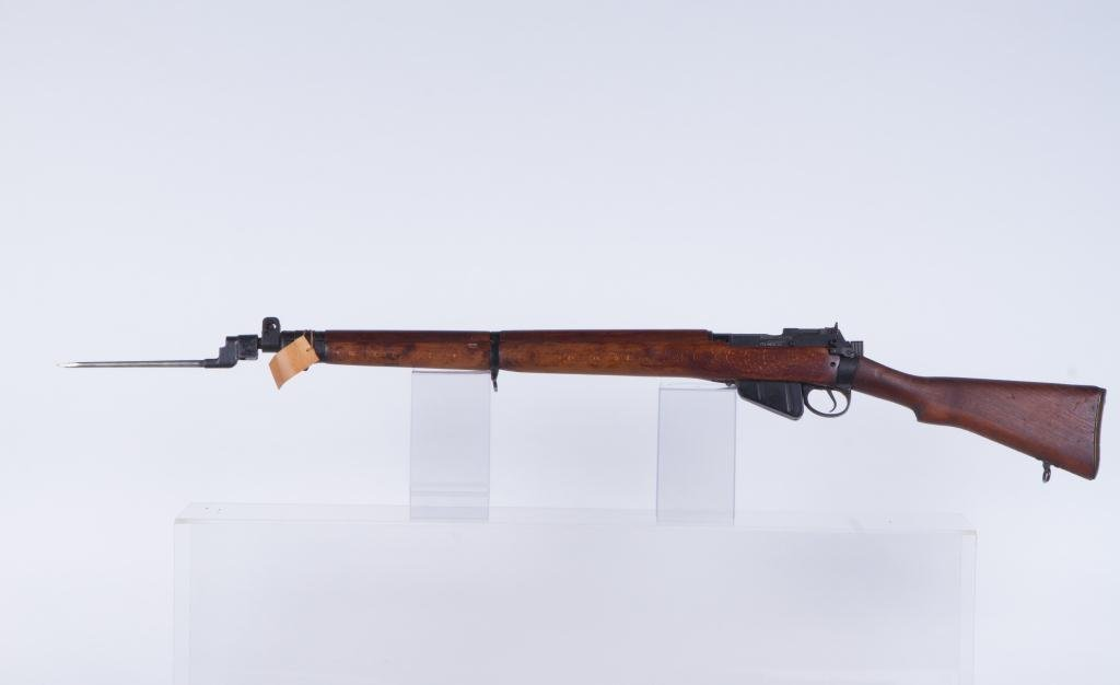 LEE-ENFIELD BOLT ACTION RIFLE NO. 4 - 5