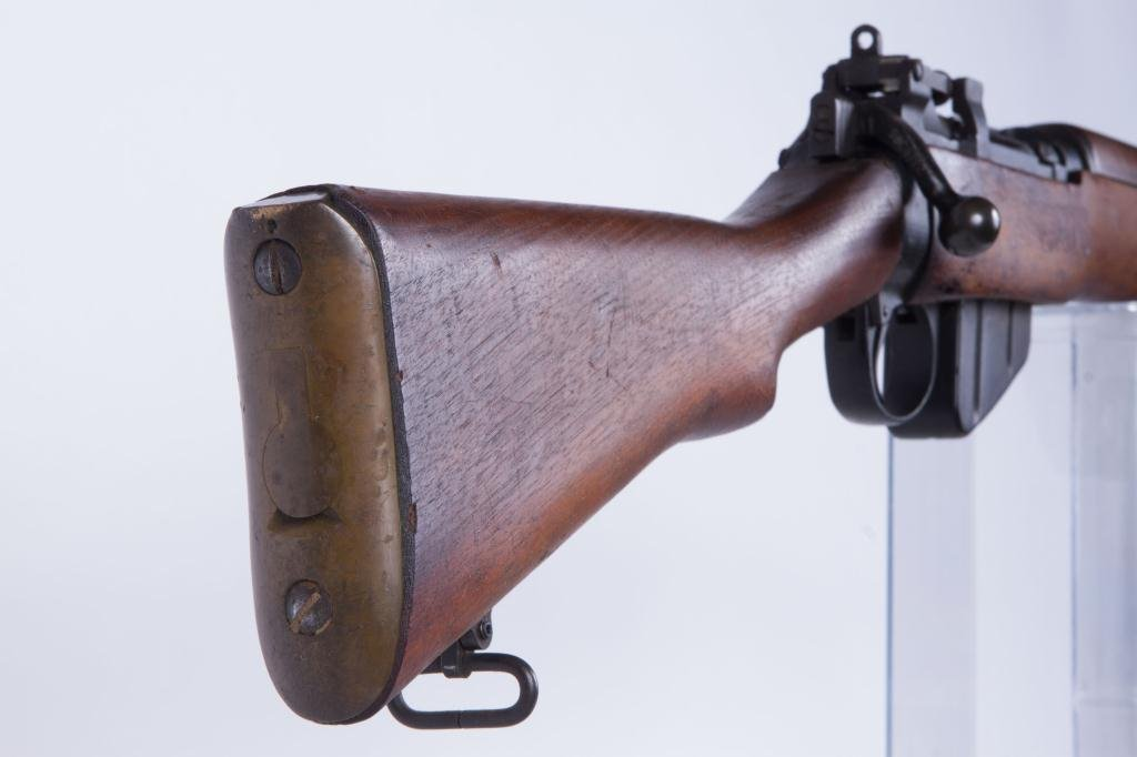 LEE-ENFIELD BOLT ACTION RIFLE NO. 4 - 8