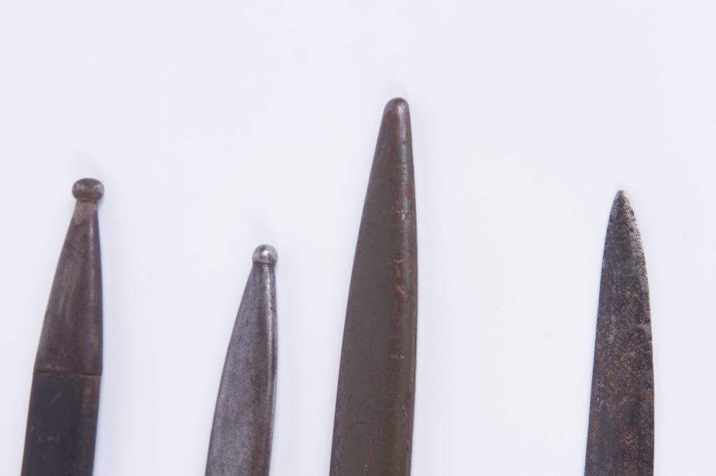 (5) EARLY (20th c) BAYONETS (6) SCABBARDS - 2