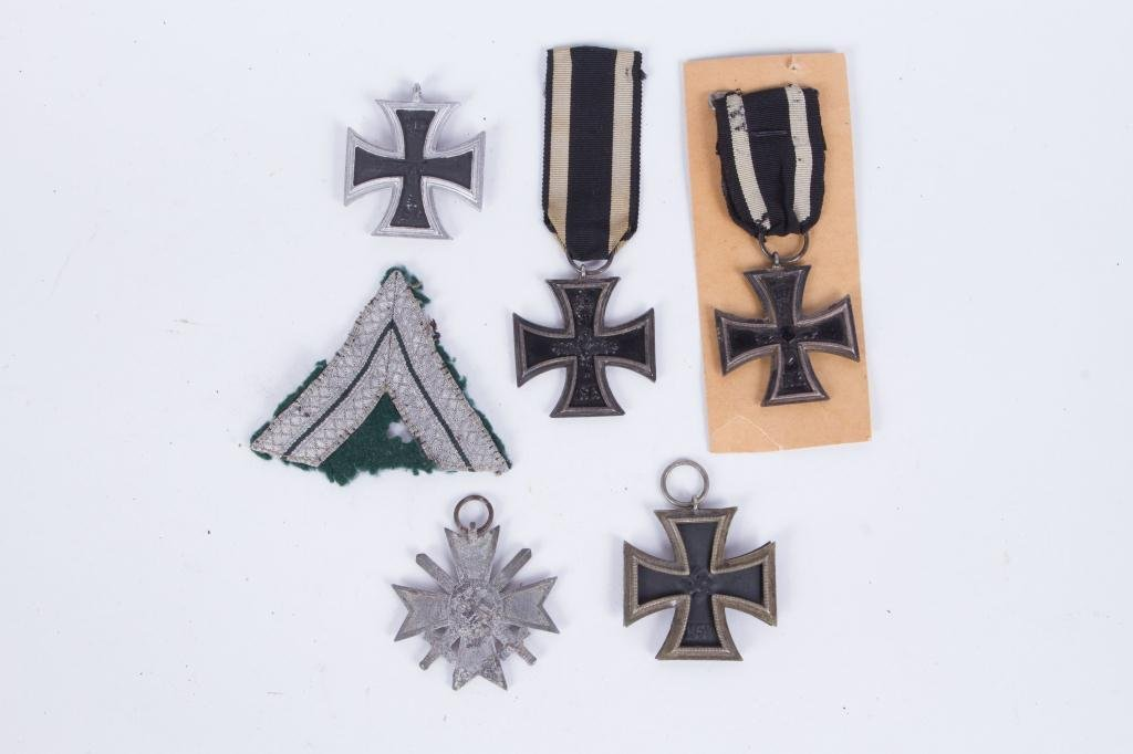539(5) GERMAN IRON CROSSES and SILVER BULLION