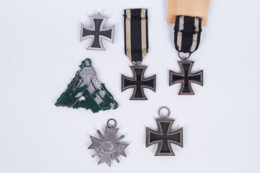 539(5) GERMAN IRON CROSSES and SILVER BULLION - 3