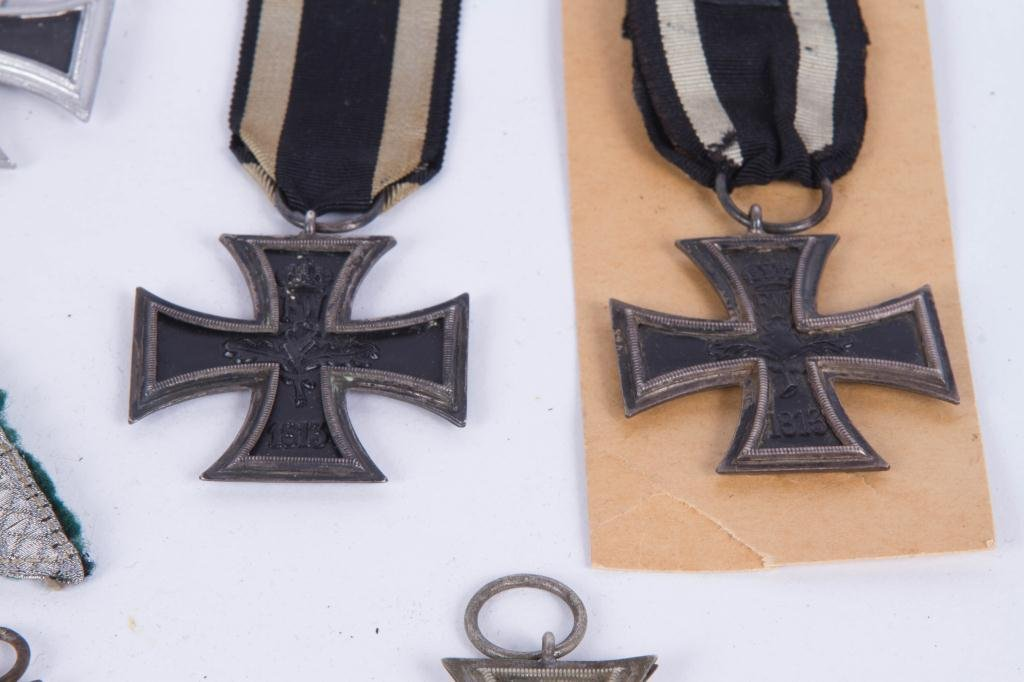 539(5) GERMAN IRON CROSSES and SILVER BULLION - 4