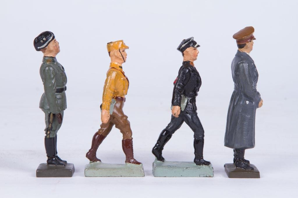 (4) LINEOL ELASTOLIN TOY SOLDIER FIGURINES - 3