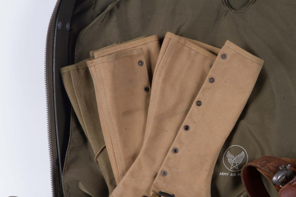NYLON US ARMED FORCES CASE WITH CONTENTS - 2