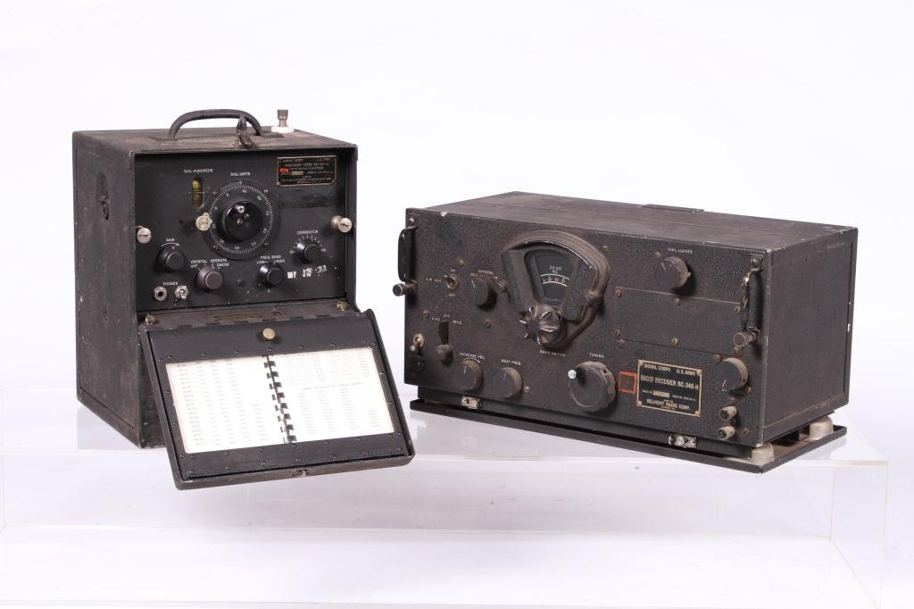 WWII SIGNAL CORPS FREQUENCY METER/ RADIO RECEIVER - 3
