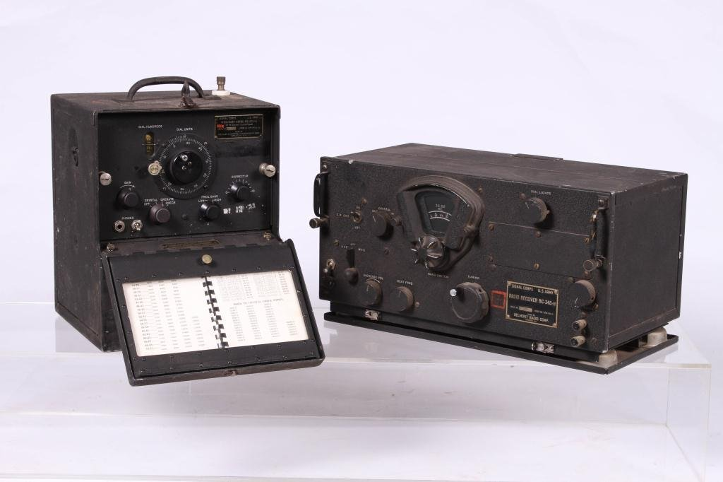 WWII SIGNAL CORPS FREQUENCY METER/ RADIO RECEIVER - 4