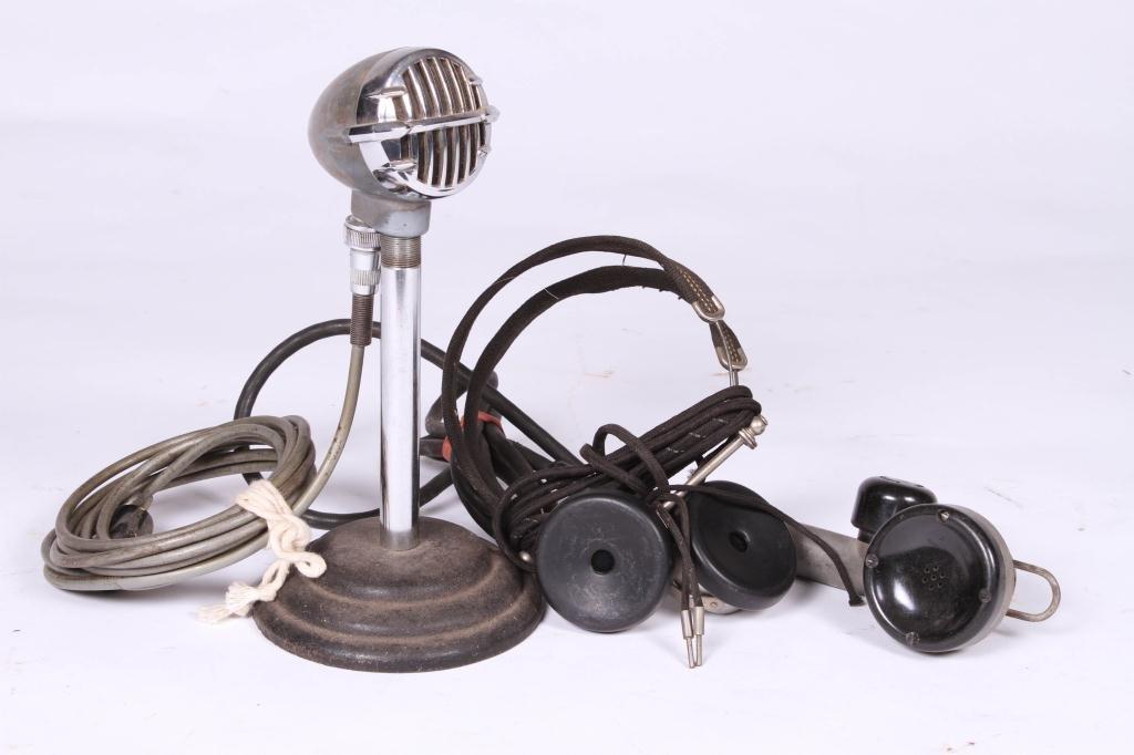 SNYDER/ WESTERN ELECTRIC MIC, TOWER HEADPHONES
