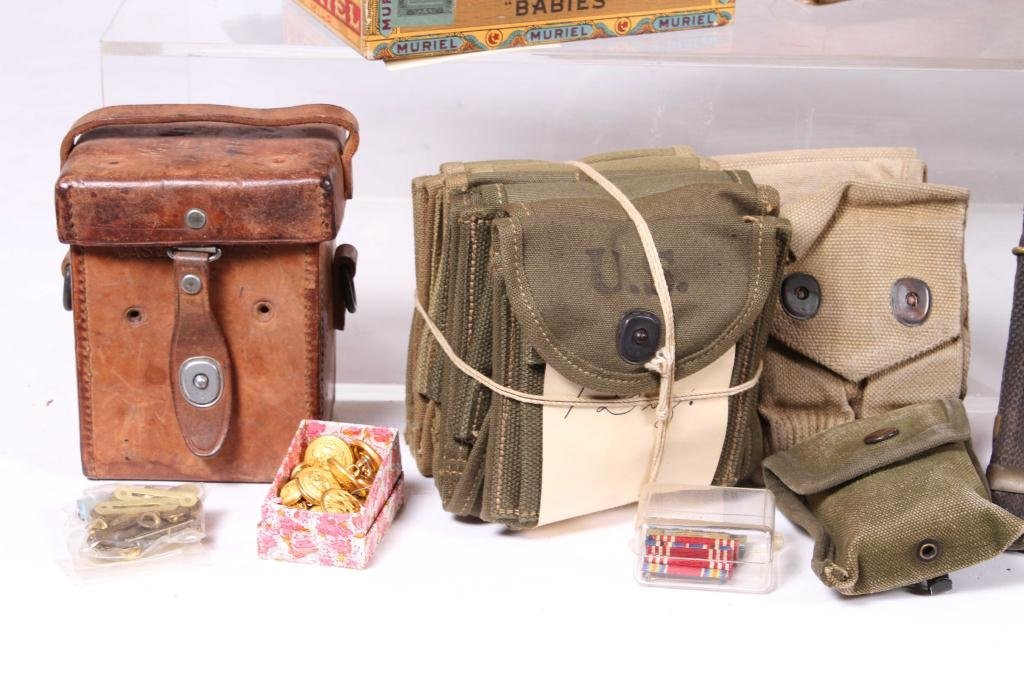 US MILITARY COVERS, POUCHES, BELTS AND RIBBONS - 7