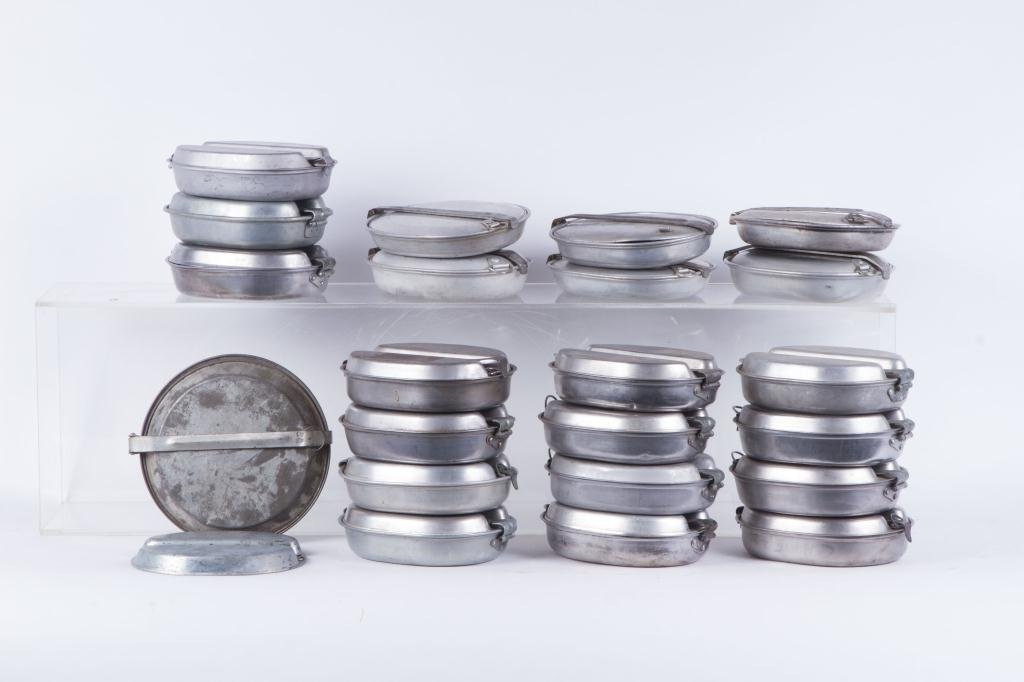 (22) WWII US ARMY ALUMINUM MESS KITS
