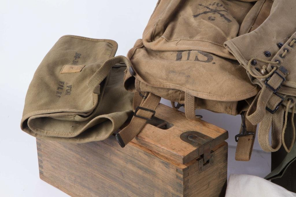 WWI to VIETNAM MILITARY CLOTHING & ACCESSORIES - 4