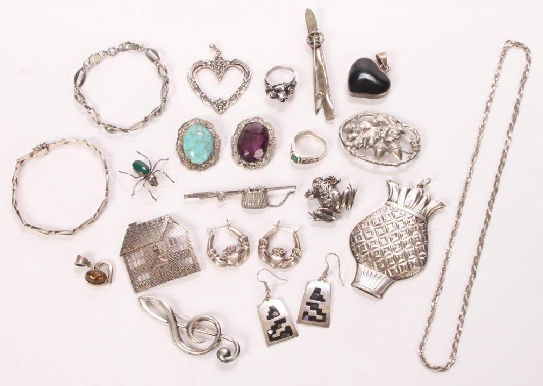 LOT OF VINTAGE STERLING SILVER JEWELRY