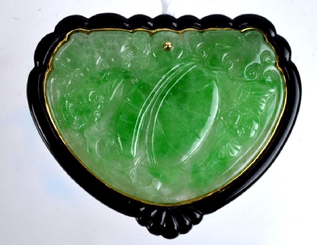 Fine Chinese Art Deco Natural Jadeite & 18K Pin