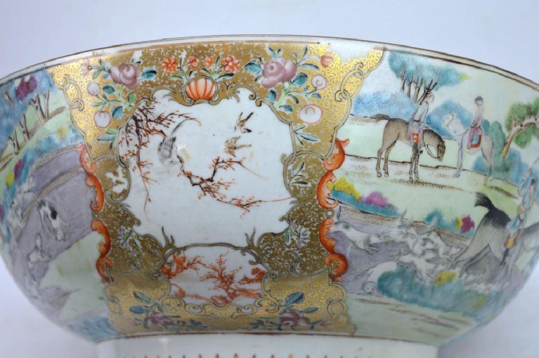 "Lg 18th C Chinese Porcelain ""Fox Hunt"" Punch Bowl - 3"