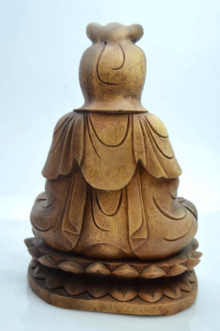 Large Chinese Carved Hardwood Seated Guanyin - 4