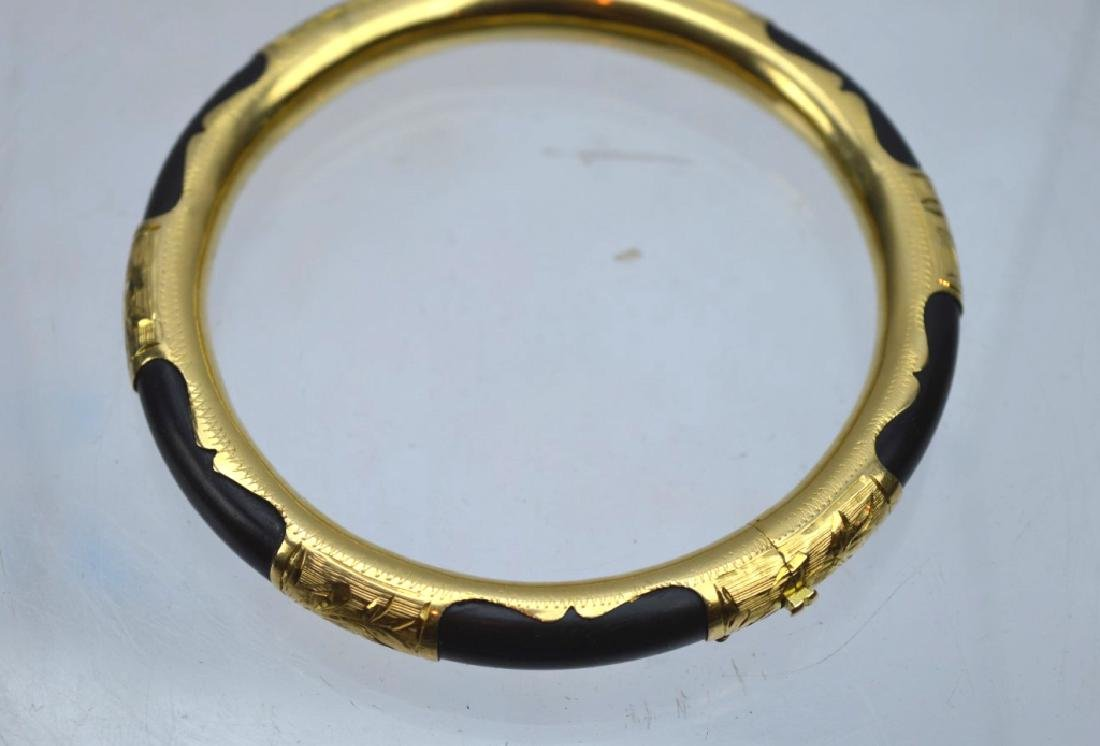 Chinese Black Coral and 18K Gold Hinged Bangle - 2