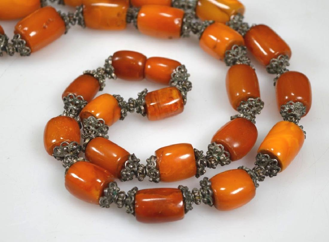 Chinese Amber & Silver Bead Necklace; 128G - 3