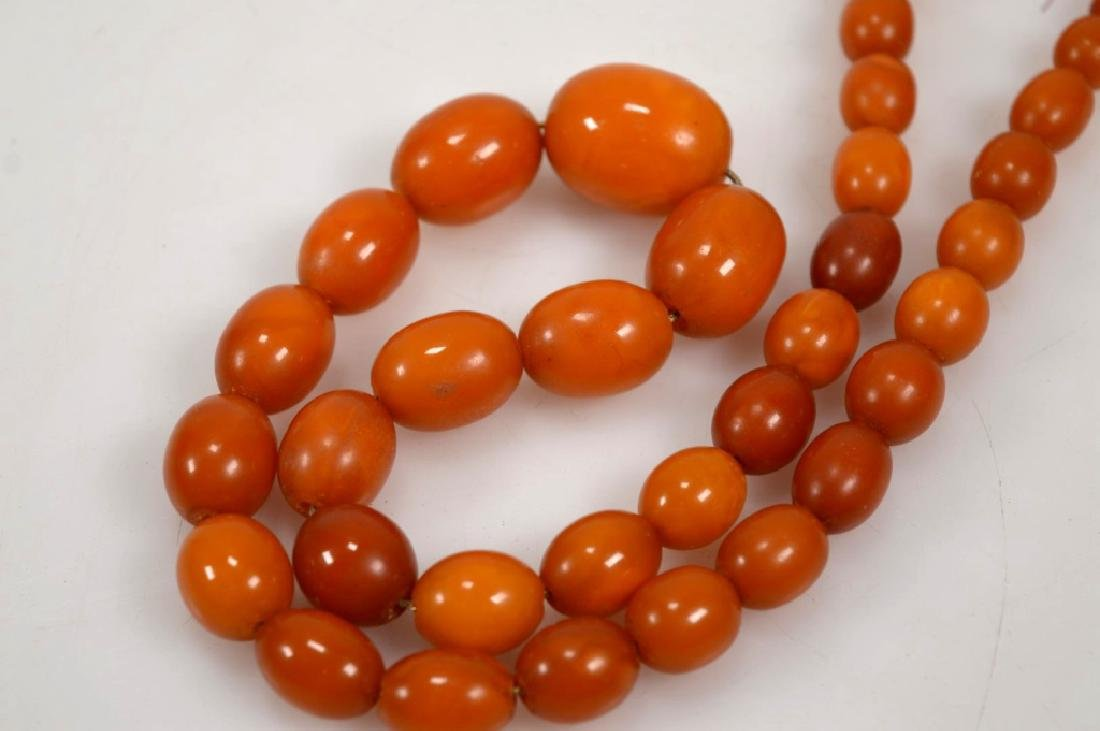 Butterscotch Amber Bead Necklace; 61 Grams. - 3