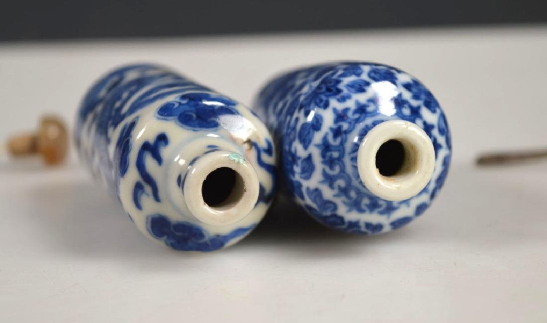 Two 19th C Chinese Blue &White Porcelain Snuffs - 5