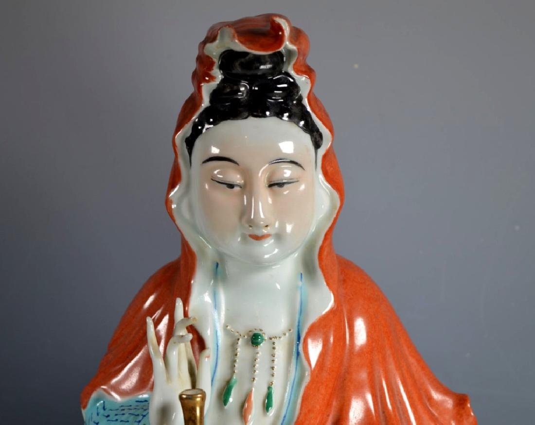 Fine Large Chinese Enameled Porcelain Guanyin - 2