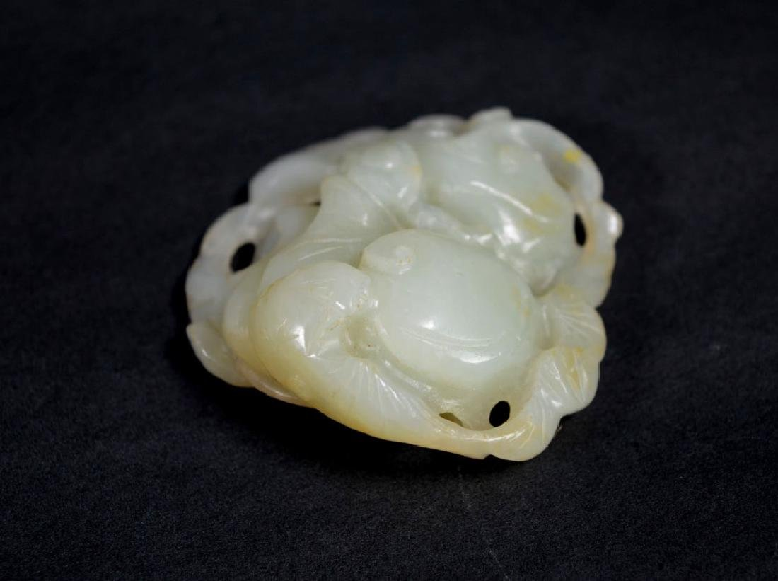 19th C Chinese Carved Jade Bat & Lingzhi Pendant - 3