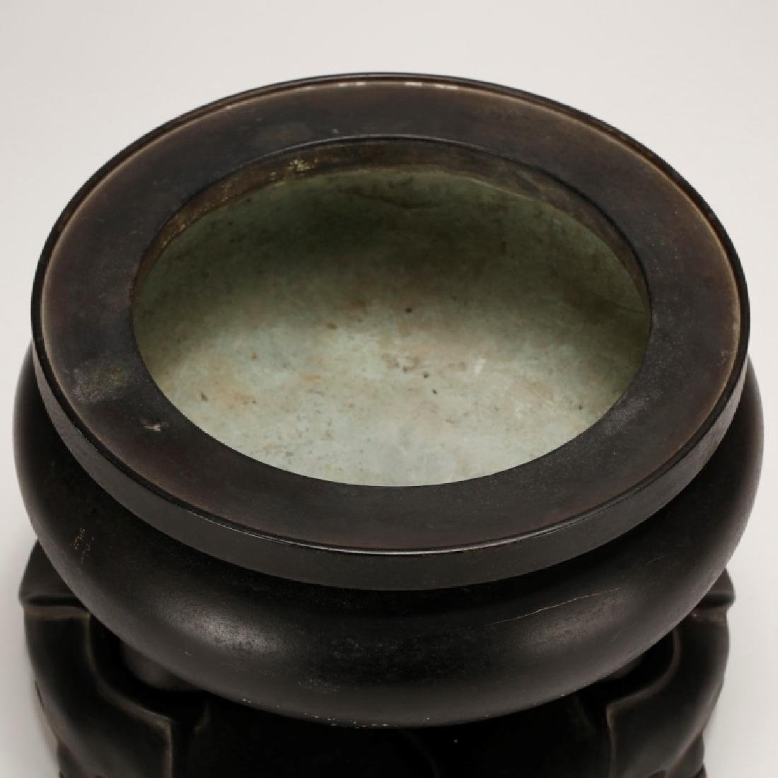 Chinese Qing Dynasty Cast Bronze Censer & Stand - 3