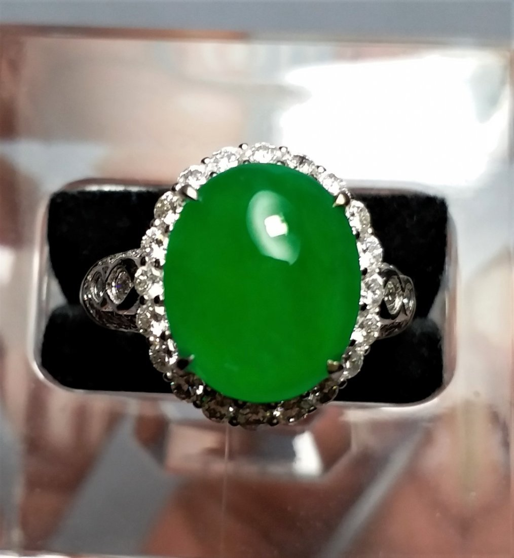 HK Lab Certified Imperial Jadeite & Diamond 18K Ring