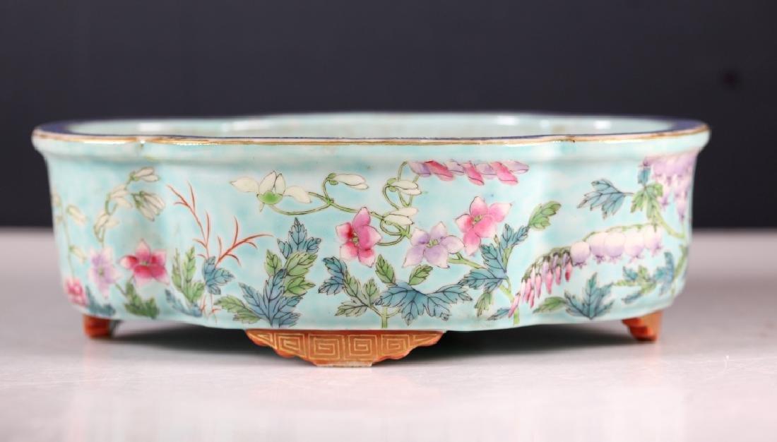 """Chinese 19C """"Daya Zhai"""" Enameled Porcelain Planter"""