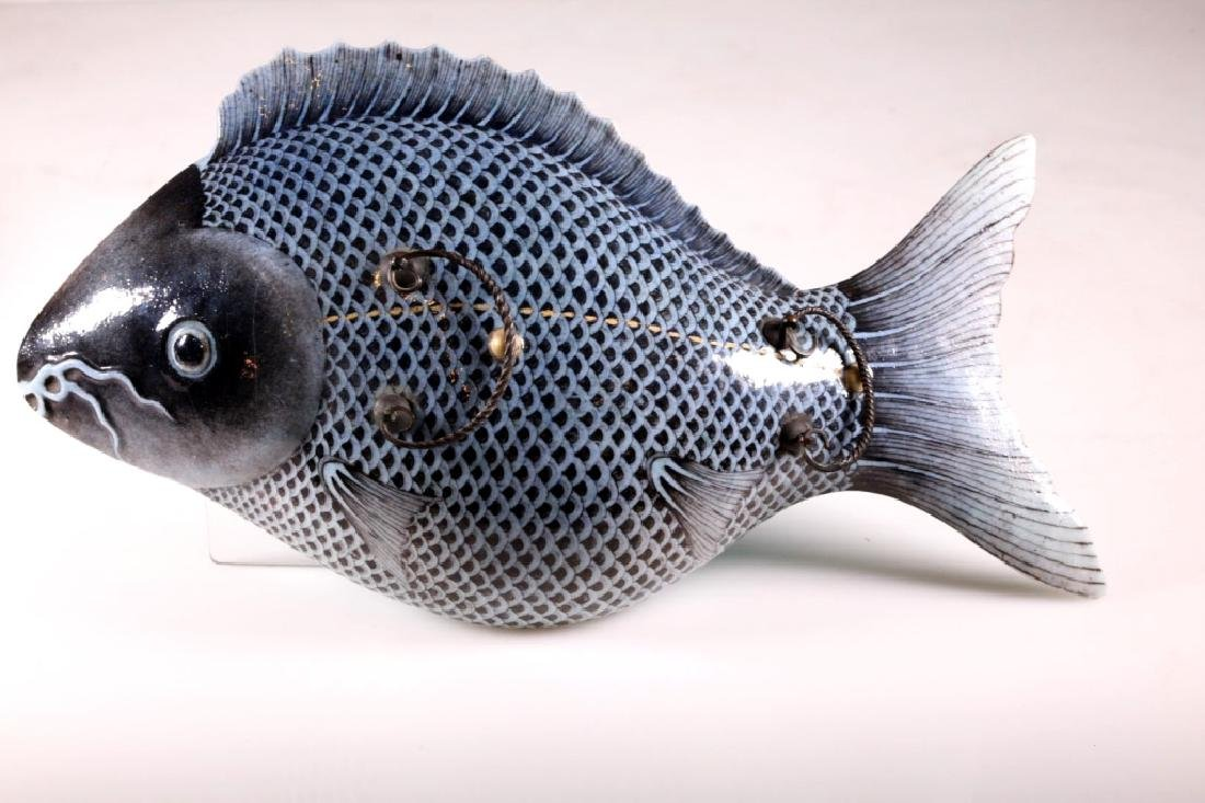 Rare 19th C Chinese Porcelain Carp Tureen - 2