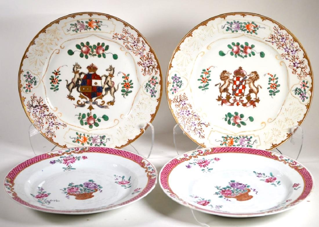 Two Pairs Chinese Export Style Plates