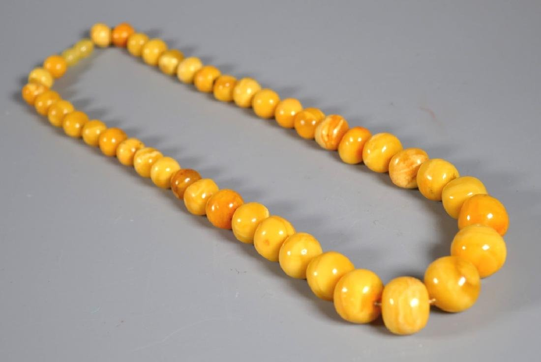 Butterscotch Amberl Bead Necklace; 52G