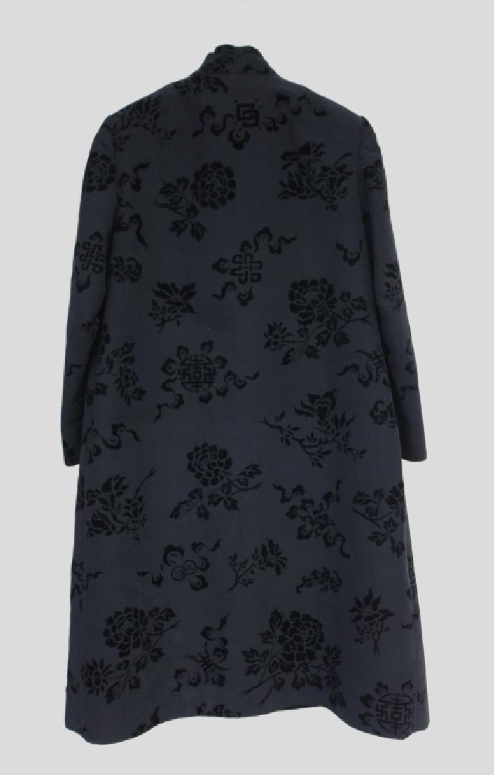 Hong Kong Chinese Mandarin Black Silk Velvet Coat - 2