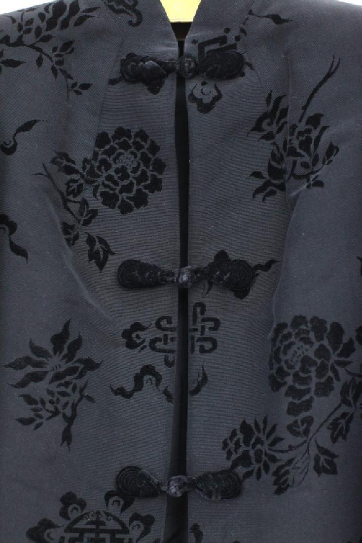 Hong Kong Chinese Mandarin Black Silk Velvet Coat - 3