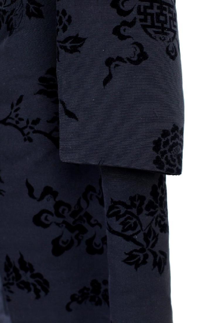 Hong Kong Chinese Mandarin Black Silk Velvet Coat - 4