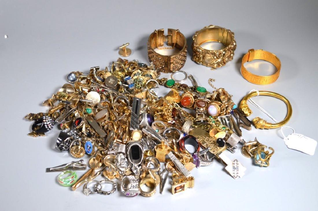 Group Jewelry: Cufflinks Tiebars Rings Bracelets