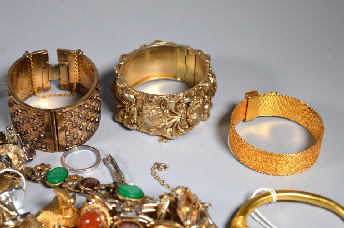 Group Jewelry: Cufflinks Tiebars Rings Bracelets - 2